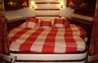 yacht charter bedroom