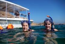 snorkeling in bandar khiran island
